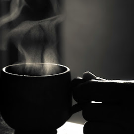BREAK by Mohamed Latrach - Food & Drink Alcohol & Drinks ( blackandwhite, break, black and white, drink, coffee, b+w, tea, smoke, black&white )