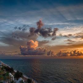 Sun rays by Walt Mlynko - Landscapes Beaches