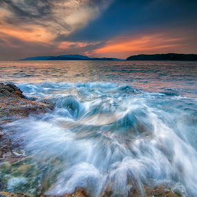 by Ikhsan Gembezt - Landscapes Beaches