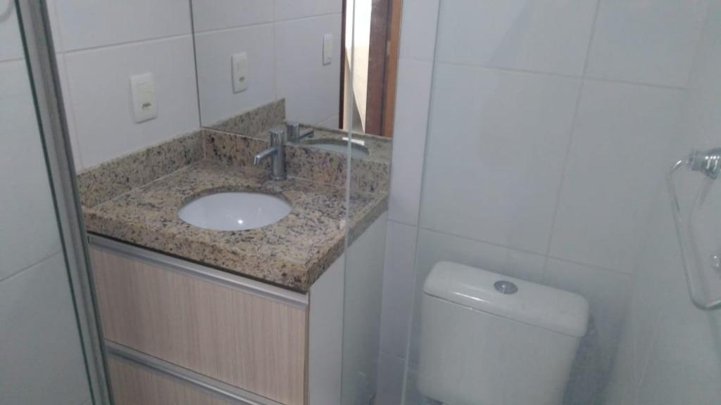 Apartamento com 2 dormitórios para alugar, 60 m² por R$ 2.435/mês - Cabo Branco - João Pessoa/PB