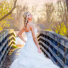 by Shelley Vinson - Wedding Bride ( #shelleyvinsonphotography, #bride #wedding #weddingphotography )