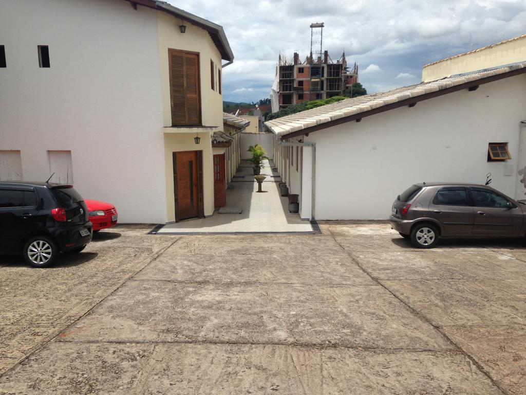 Kitnet com mobília para alugar, 38 m² por R$ 890/mês - Jardim Santa Helena - Bragança Paulista/SP