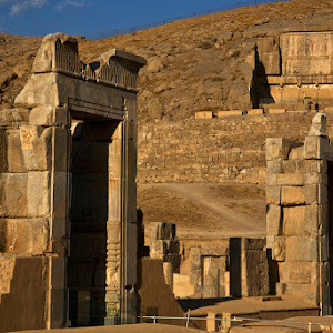 PWClandmarks_Persepolis Gate and Tomb Iran.jpg
