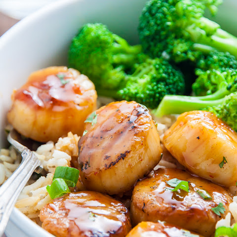 Honey-Glazed Scallops