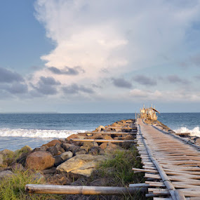 traditional dock by Gunarsa Gunarsa - Landscapes Beaches ( dermaga, aep gunarsa, pangandaran, tropic, beach, landscape, dock )