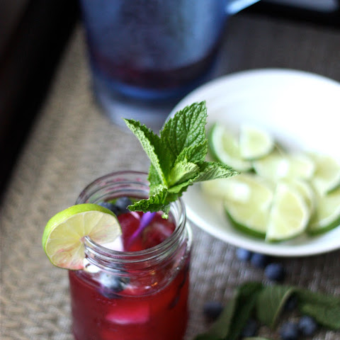 Fresh Blueberry Mojitos