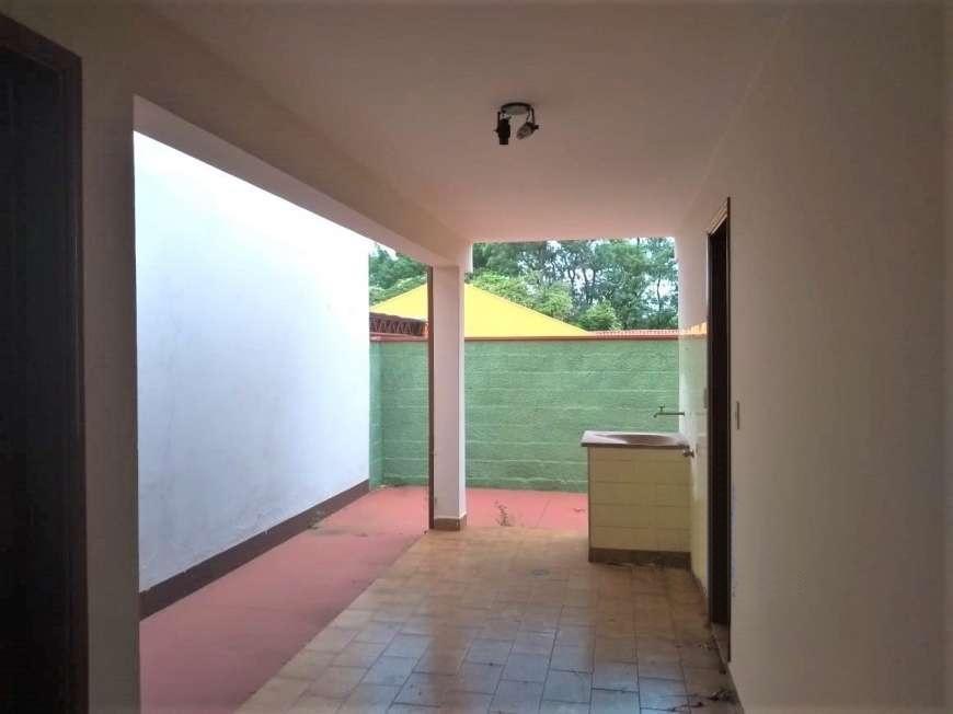 Casa para Aluguel 124 m²  com 3 quartos