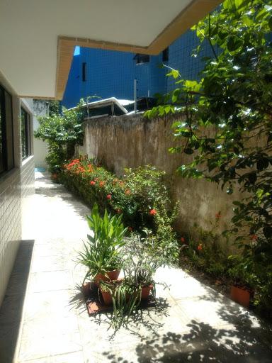 Apartamento com 3qts/1 suite, para alugar por R$ 1.100/ano - Bessa - João Pessoa/PB