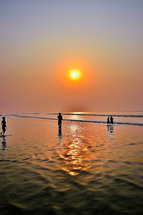 Sun 'n Sea by Abhijit Mukhopadhyay - Landscapes Sunsets & Sunrises