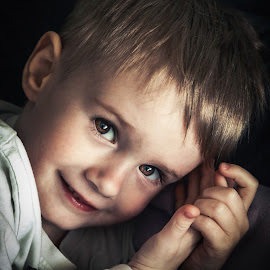 Savelij by Diana Uskova - Babies & Children Child Portraits ( diana uskova photography, children )
