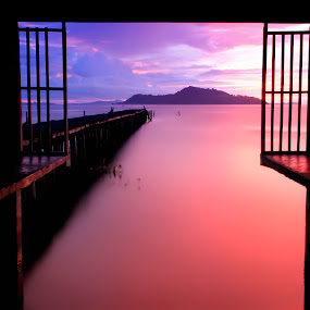 Good Night Tolitoli by Moh Maulana Lana - Landscapes Waterscapes