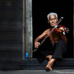 by Ezha Nizami - People Portraits of Men ( senior citizen )