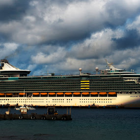 big, big boat by Cristobal Garciaferro Rubio - Transportation Boats ( clouds, caribbean sea, mexico, cozumel, sea )