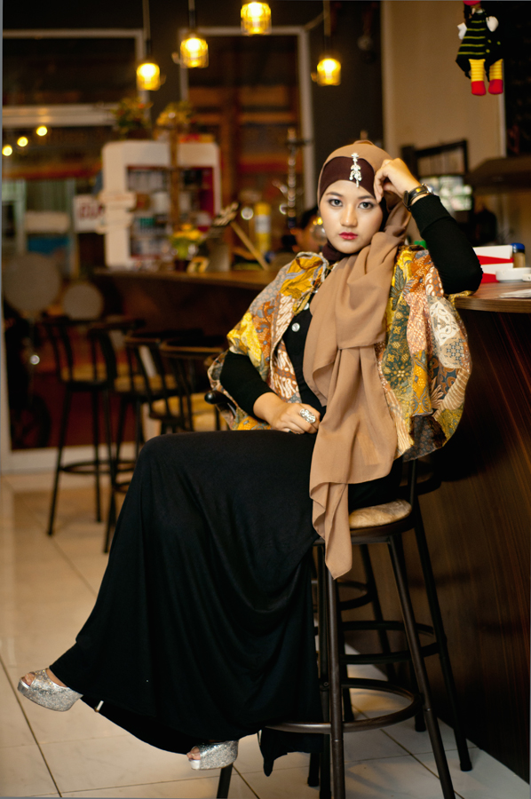 hijaber by Dika Thulankz - People Portraits of Women