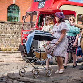 by Dean Round - People Family