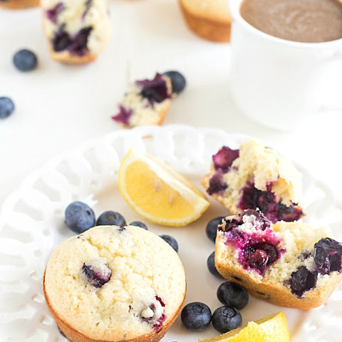 Moist Blueberry Lemon Muffins
