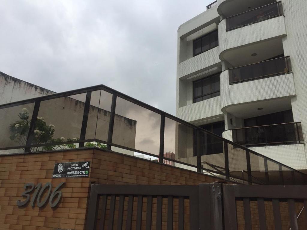 Apartamento com 1 dormitório para alugar, 35 m² por R$ 1.050/mês - Cabo Branco - João Pessoa/PB