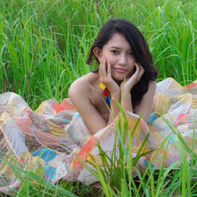 Beauty Grass by Deddy Dwianto - People Portraits of Women