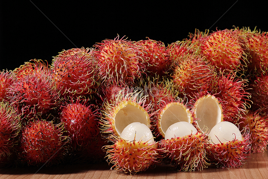 rambutan by Ismed  Hasibuan  - Food & Drink Fruits & Vegetables ( indonesian, fruit, sweet, foods, fruits, rambutan )