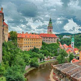 Vltava at Ceskie Krumlovo by Radu Eftimie - City,  Street & Park  Vistas ( vltava river, cesky krumlovo, buildings, czech republic )