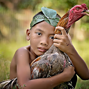 Deny dan ayam by Doeh Namaku - Babies & Children Child Portraits