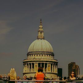 Bridge in London by Diego Aguiar - Buildings & Architecture Architectural Detail ( london, architectural detail, bridge, photography, architecture )