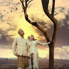 Prewed by Achmad Dwi Saputro - Wedding Bride & Groom ( photomanipulation, creative, digital art, digital imaging, photography )