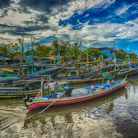 Pasuruan by Charles Mawa - Transportation Boats ( hdr, moment, street, a6000, transportation, beach, boat, people, photo, photography, island, sony, charlesmawa, indonesia, capture, fisherman )