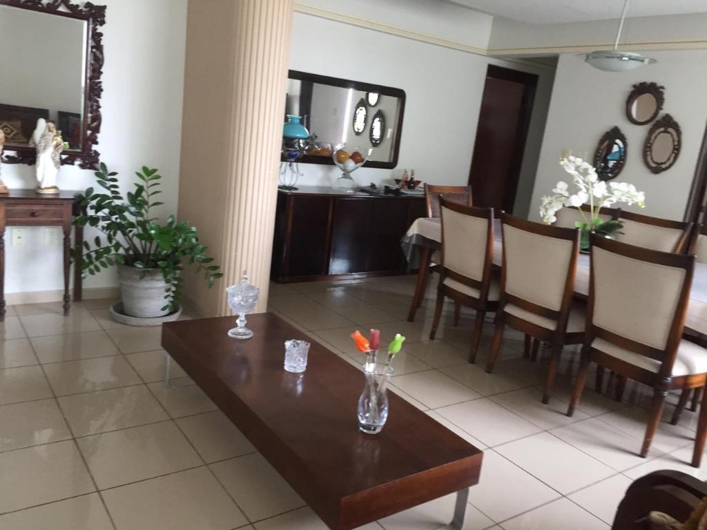 Apartamento com 3 dormitórios para alugar, 170 m² por R$ 1.951/mês - Brisamar - João Pessoa/PB