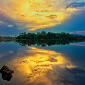 by Charliemagne Unggay - Landscapes Weather