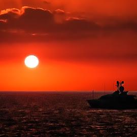 Kailua Kona Sunset by Joseph Vittek - Landscapes Sunsets & Sunrises ( sunset, kailua, hawaii )