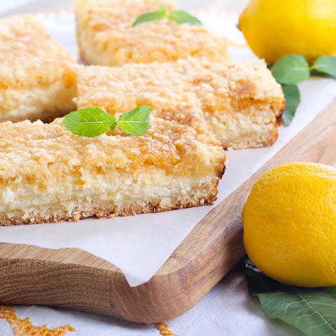 You Only Need Six Ingredients For These Dangerously Addicting Creamy Lemon Bars