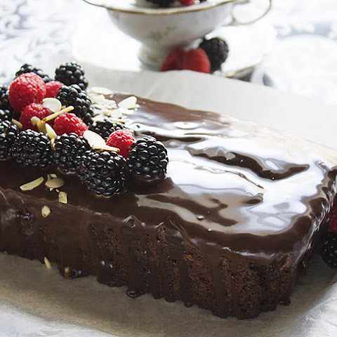 Chocolate Fudge Loaf Cake