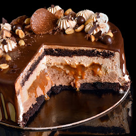 Chocolate covered cake by Sorin Petculescu - Food & Drink Candy & Dessert ( cake, chocolate, desert, food )