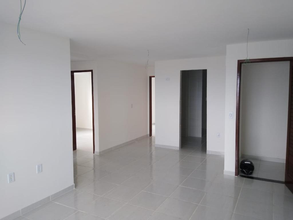 Apartamento com 3 dormitórios à venda, 81 m² por R$ 298.000 - Jardim 13 de Maio - João Pessoa/PB