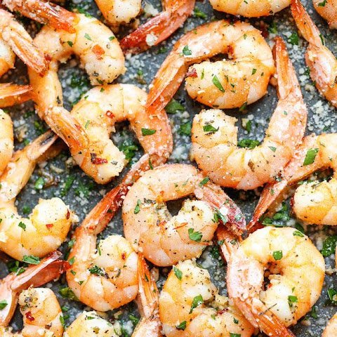 15 Minute Garlic Parmesan Roasted Shrimp