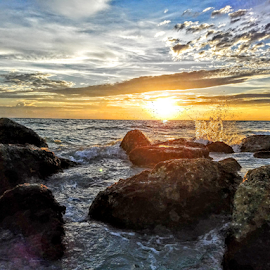 Sunset along the boulders on the western shores of the gulf by Jeffrey Lee - Landscapes Sunsets & Sunrises ( sunset along the boulders on the western shores of the gulf )