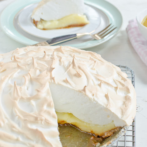 10 best lemon meringue pie graham cracker crust recipes for Lemon meringue pie with graham cracker crust