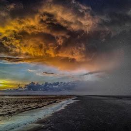 Fanø beach by Froddy Baun - Instagram & Mobile Android ( water, sand, samsung s2, fanø, waves, sunset, cloudscape, denmark, beach )