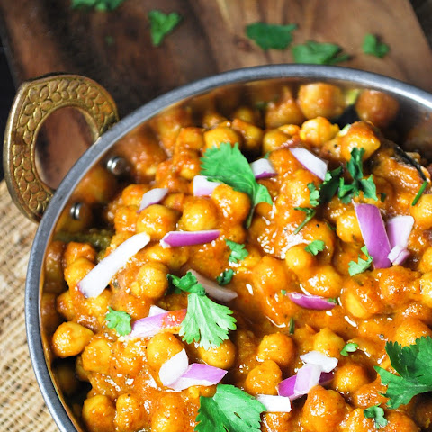 Chole, Indian Chickpea Curry