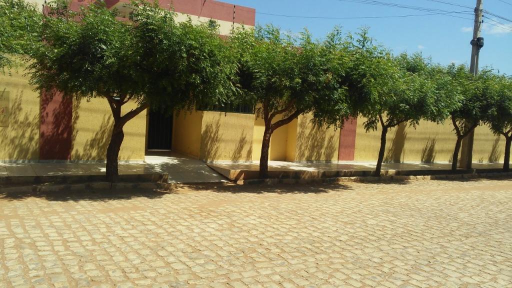 Apartamento com 2 dormitórios para alugar, 55 m² por R$ 650/mês - Dix-Sept Rosado - Mossoró/RN