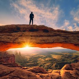 Watchig sunrise by Sushmita Sadhukhan - Landscapes Sunsets & Sunrises ( national park, utah, arches, mesa arch, canyonland )