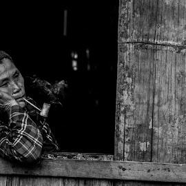 smoking by Arka Kt - People Street & Candids ( arka kayah )