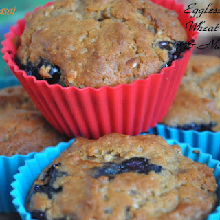Eggless Whole Wheat Blueberry & Nuts Muffin