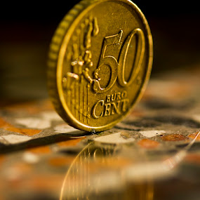 50 cent reflection by Fabio Latorre - Artistic Objects Other Objects ( reflection, macro, 50 cent, coin, money, euro )