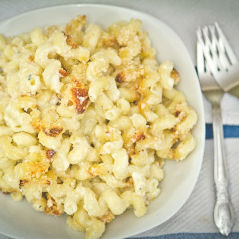 Blue Cheese Bechamel Macaroni and Cheese