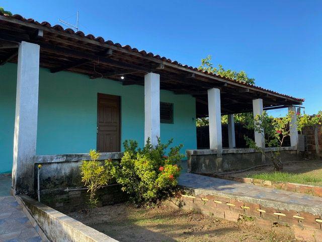 Casa 3 dorm, 180 m² de área construída e 450m² de terreno