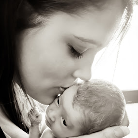 Newborn and Mother by Karissa Best - Babies & Children Babies ( kissing, mother, forehead, baby, premature, newborn )