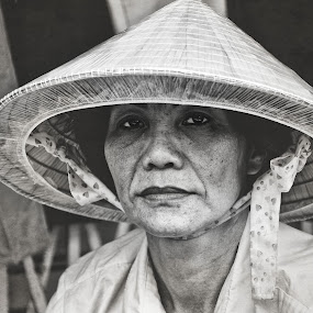 Street Vendor by Duc Nhat - People Street & Candids ( black and white, stranger, people, portrait )