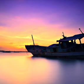 Boats  by Agus Devayana - Landscapes Sunsets & Sunrises